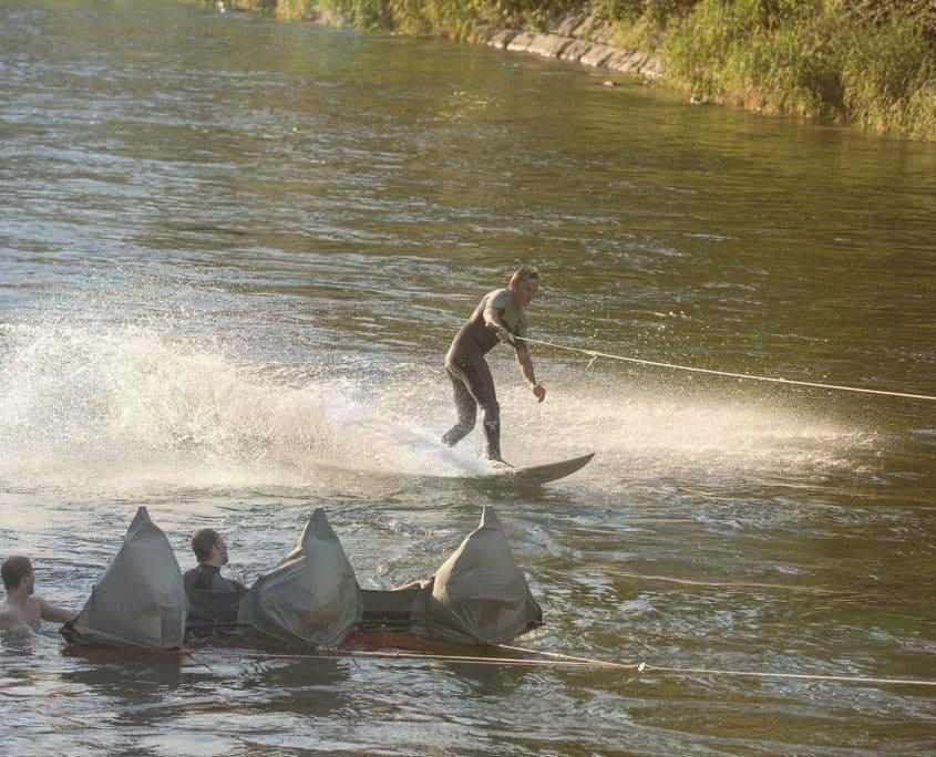 Surfer mit Segel