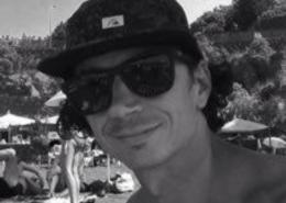 Emanuele, Surfcoach